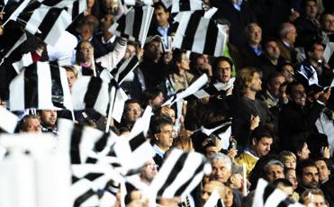 È iniziata la settimana che porta a Juventus-Inter, una delle gare più attese dai tifosi bianconeri. Domenica sera, alle ore 20.45, bianconeri e nerazzurri si troveranno di fronte allo stadio […]