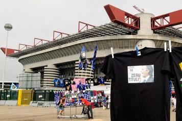 """A San Siro, dalla prima di campionato, il brano ufficiale è tornato a essere """"C'è solo l'Inter"""". Black out deciso dopo una richiesta economica di Rosita Celentano che detiene i […]"""